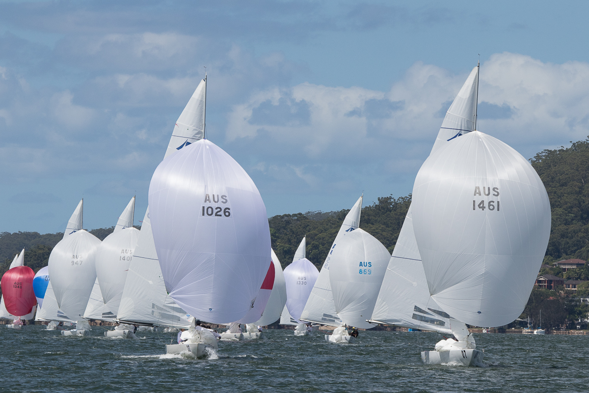 Havoc and Flirtation bring the fleet down to the bottom mark